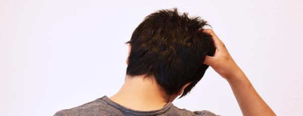 ヘアサイクルの乱れが薄毛の原因に!? 抜け毛のメカニズムとは